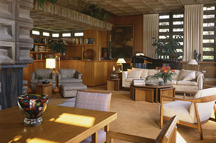 Gerald Tonkens House, Usonian Automatic, Living Area, Amberley Village, Ohio, 1954. Photograph. ©2018 Paul Rocheleau.