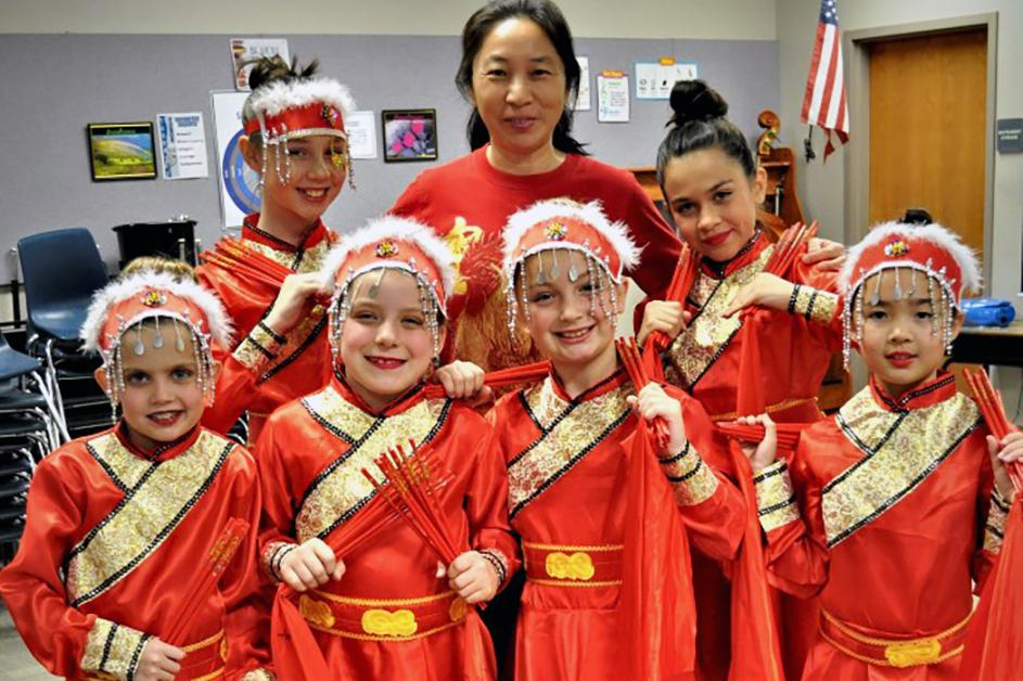 Tarwater Elementary Chinese New Year Dance