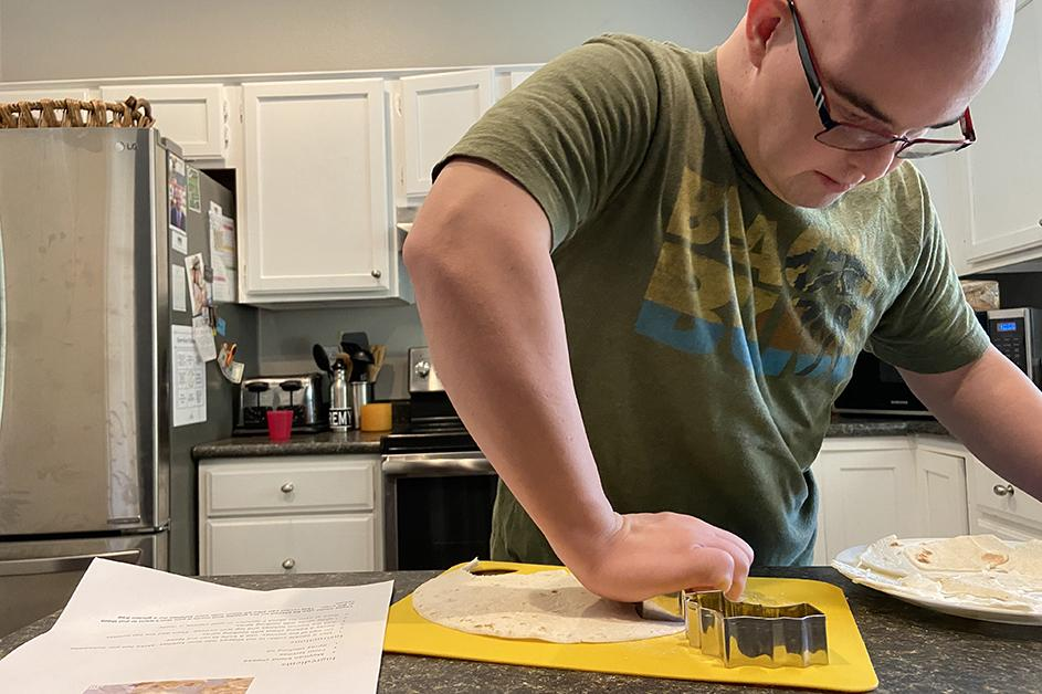 Cooking at Home through Therapeutic Recreation