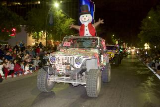 Parade of Lights Snowman Float